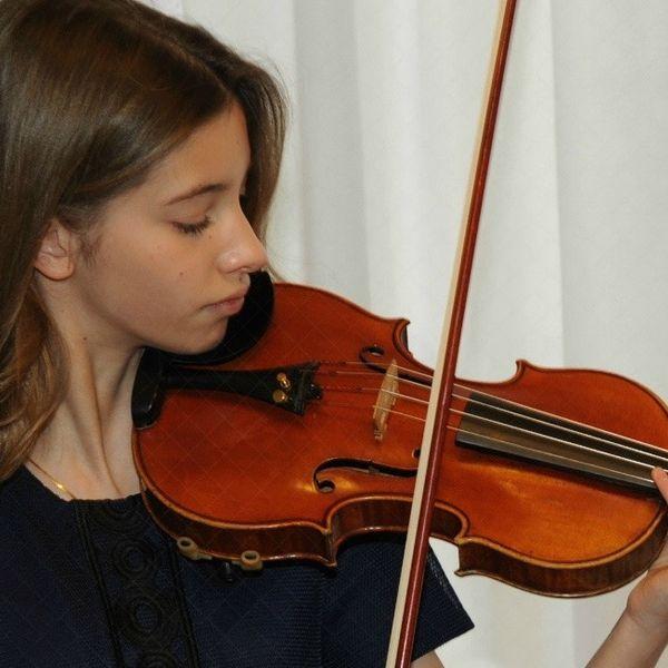 Anna Seres